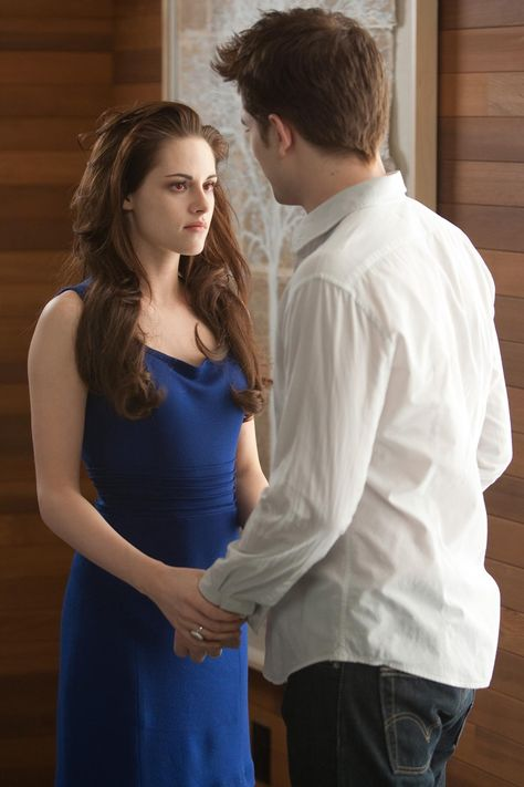 THE TWILIGHT SAGA: BREAKING DAWN PART 2 (2012) - Bella Cullens' Blue Transformation Dress - Current price: $3200