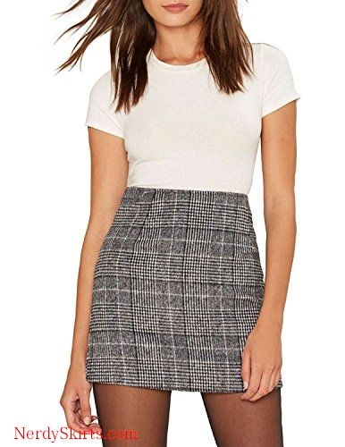 29eee866153 Vero Viva Women s Plaid Bodycon Party Mini Skirt Fit High Waist with Zipper  Closure