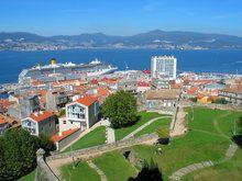 THE PORT / HARBOR OF VIGO - VIGO BAY. GALICIA. VISIT SPAIN. TOURISM IMAGES