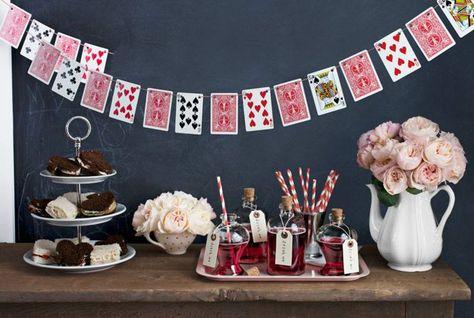 Disney alice au pays des merveilles gâteau anniversaire fête décoration