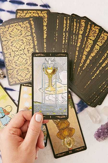 Golden Universal Tarot Card Deck