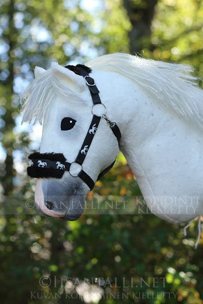 Ich Habe Im Fruhherbst Ein Paar Inspirationsauftrage Erhalten Und Mich Fur Eine Gruppe Hobby Horse Ein E Steckenpferd Schone Pferde Schonste Pferde