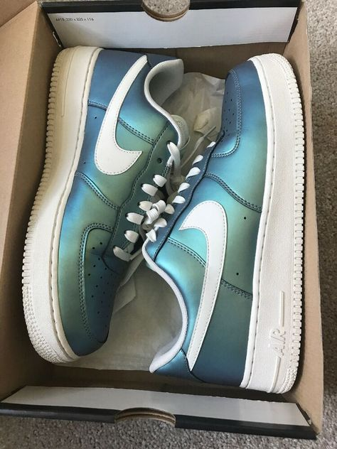 "Nike Air Force 1 '07 LV8 Color Shift ""Fresh Mint"