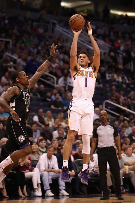 Devin Booker stars as Phoenix Suns stun Golden State Warriors