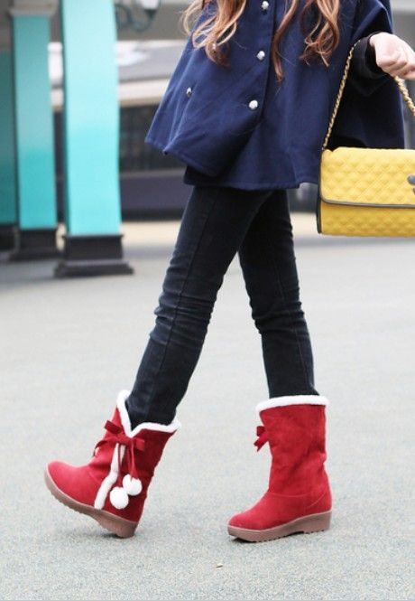 Sweet Bowknot Ball Decorated Warm Boots Red