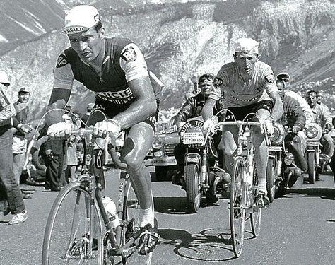Photos et histoires du passé - Page 12 E9f1d6d0493db2299fcae239c161c3fd--london-underground-bicycle-race
