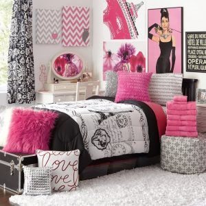 Pink Black And White Paris Bedroom   Paris room decor ...
