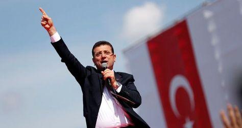 Cumhurbaşkanlığı Arşiv Daire Başkanı, İmamoğlu'na destek veren ünlülerin listesini paylaştı