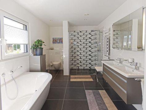 Badezimmer Fliesen Modern Mit Badewanne Dusche Bodengleich