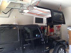 Cheap And Easy Hard Top Hoist Jkowners Com Jeep Wrangler Jk Forum Jeep Wrangler Unlimited Accessories Jeep Wrangler Diy Jeep