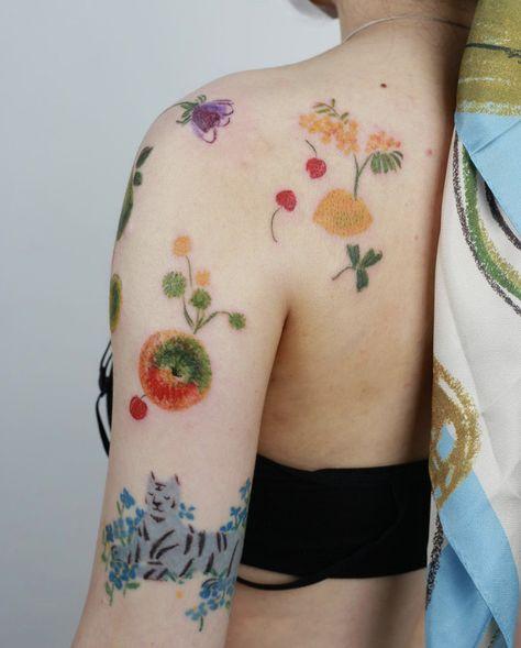 Vintage fruites and blue tiger Tattoo