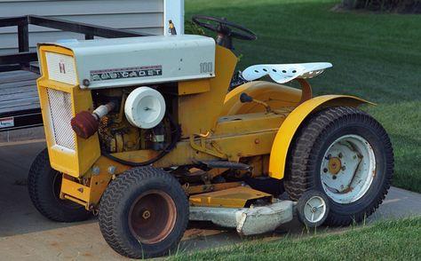 ea297fa21f683fa88cec4af4e6e9970e cubs tractors 1964 cub cadet 100 cub cadets pinterest cub cadet 7260 wiring diagram at soozxer.org