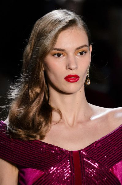 Tadashi Shoji, Fall 2018 - The Most Dazzling Hair and Beauty Details From NYFW Fall 2018 - Photos