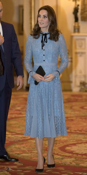 Kate Middleton Photos - Catherine, Duchess of Cambridge attends a reception on World Mental Health Day to celebrate the contribution of those working in the mental health sector across the UK at Buckingham Palace on October 10, 2017 in London, England. - The Duke & Duchess Of Cambridge and Prince Harry Support World Mental Health Day