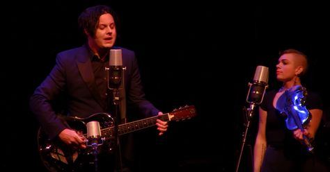 See Jack White's Four-Song Set, Margo Price Duet on 'Prairie Home Companion' http://www.rollingstone.com/music/news/see-jack-whites-four-song-set-on-prairie-home-companion-w445158?utm_source=rss&utm_medium=Sendible&utm_campaign=RSS