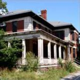 In 1869 in Essex County , New Jersey 325 acres of farmland were purchased on the border of Verona and Cedar Grove to establish the Essex County Asylum for the Insane. It is said that not only is it ice-cold there, but ghosts and sounds have been seen.
