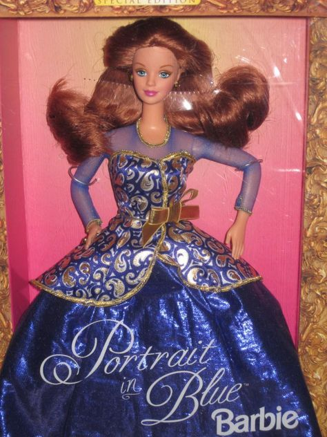 VINTAGE Portrait in Blue Barbie Walmart Special Edition new