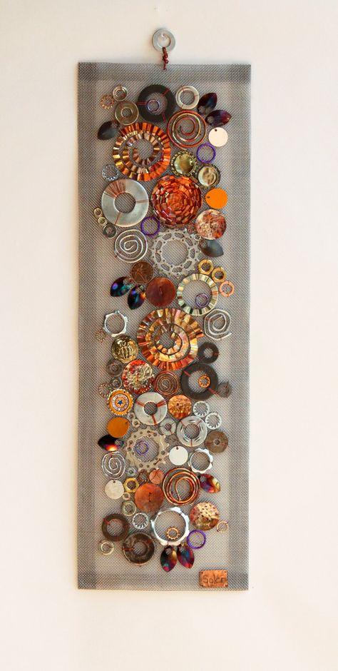 Metal Wall Sculpture, Wall Sculptures, Vintage Jewelry Crafts, Jewelry Art, Scrap Metal Art, Sheet Metal Crafts, Recycled Metal Art, Found Object Art, Junk Art