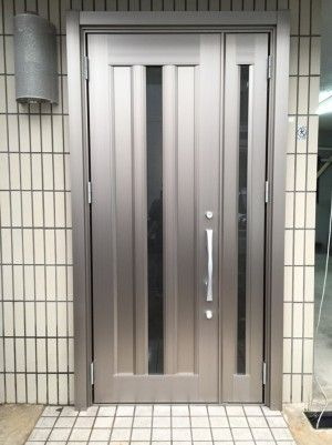 玄関ドアリフォームを兵庫で行うきたむらのビフォーアフター 玄関ドア 玄関 ドア