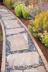 21 Diy Garden Walkway Ideas 00017 Garden Paths Backyard Landscaping Front Yard Walkway Front Yard Landscaping