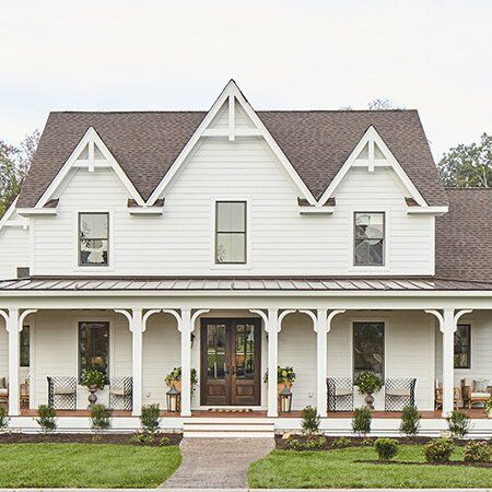 Our Favorite House Plans With Stunning Wrap Around Porches In 2020 Porch House Plans House Plans Farmhouse Craftsman House Plans