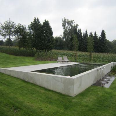 Beschreibung Bild D39ete Garten Idee Inspiration Naturliche Schwimmbader Beschreibung Bild In 2020 Modern Landscaping Hillside Pool Pool Water Features