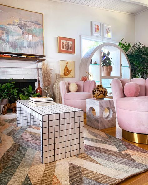 Check out this Retro Boho Meets Desert Sunset Small/Cool Space Retro Interior Design, Home Interior, Room Ideas Bedroom, Bedroom Decor, Design Bedroom, Retro Bedrooms, Retro Living Rooms, Deco Retro, Pastel House