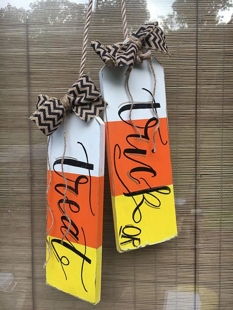 Items similar to Trick or Treat Door tags - Door Hanger on Etsy Halloween Crafts To Sell, Halloween Wood Signs, Halloween Door Hangers, Halloween Projects, Diy Halloween Decorations, Fall Crafts, Halloween Diy, Christmas Crafts, Fall Projects