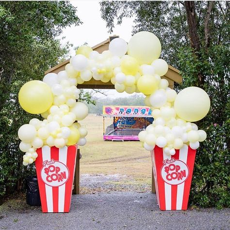 The greatest carnival for Adonis & Apollo's First Birthday styled by the uber talented Swipe for all the fun! Birthday Party For Teens, Carnival Birthday Parties, Circus Birthday, 1st Boy Birthday, Birthday Party Themes, Turtle Birthday, Turtle Party, Backyard Carnival, Fall Carnival