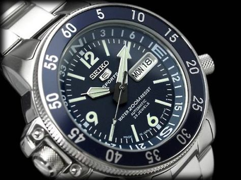 BEST QUALITY WATCHES - Seiko Men's Automatic Diver's SKZ209J1, £194.99 (http://www.bestqualitywatches.co.uk/seiko-mens-automatic-divers-skz209j1/)