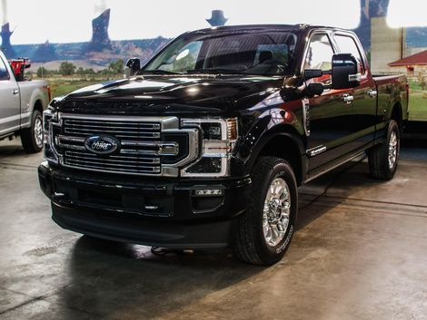 The 2020 Ford F Series Super Duty Gets A New Look And More Capability Roadshow In 2020 Ford F Series Ford Ford Trucks
