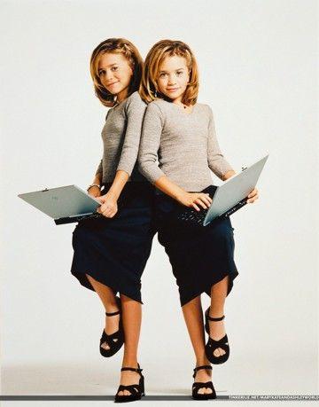 Ashley(left) & Mary-Kate(right) Olsen