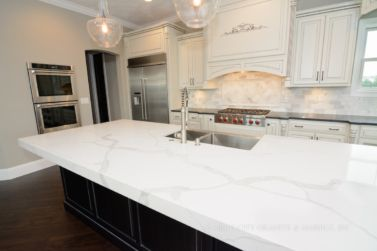 2 5 Thick Mitered Built Up Edge With Quartz Countertops In Edwardsville Il Home Marble Kitchen Island Kitchen Marble Kitchen Design Modern White