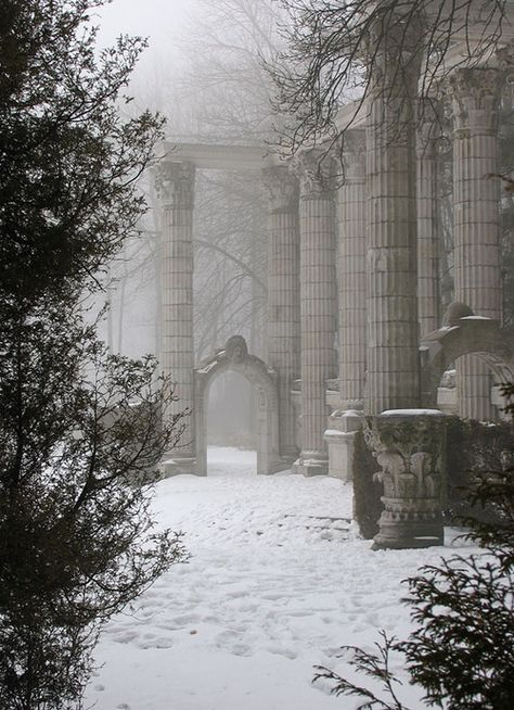 La beauté du froid et de la neige + colonnes — 42 Images of Holiday Inspiration to Celebrate :: This is Glamorous inspiration & 42 Images of Holiday Inspiration to Celebrate Winter Szenen, Winter White, Snow Scenes, Winter Beauty, Winter Is Coming, Winter Garden, Abandoned Places, Abandoned Buildings, Beautiful Places