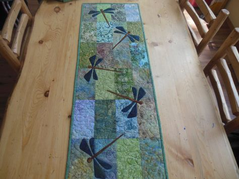 Dragonfly applique quilted table runner - FREE SHIPPING