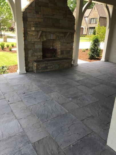 nantucket pavers patio on a pallet 10