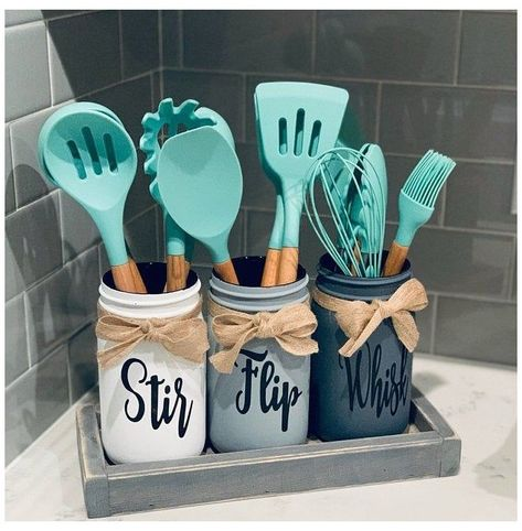 Kitchen Decor Themes, Home Decor Kitchen, Diy Home Decor, Mason Jar Kitchen Decor, Rustic Kitchen Decor, Kitchen Ideas, Kitchen Tools, Bathroom Mason Jars, Paint Mason Jars