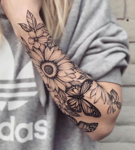 great black and gray sunflower tattoo © tattoo artist Ariana Roman 💟🌻ð . - great black and gray sunflower tattoo © tattoo artist Ariana Roman 💟🌻💟 … – great blac - Cute Tattoos, Unique Tattoos, Beautiful Tattoos, Body Art Tattoos, Small Tattoos, Woman Tattoos, Awesome Tattoos, Tattoo Drawings, Tatoos