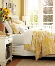Love the color, just makes the room look so bright and cheerful like it's swathed in sunshine!