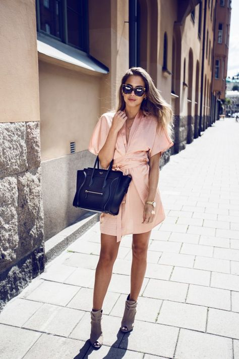 Peach Belted Kimono Dress # Trends Of Summer Apparel Kimono Dress Peach Dress Belted Dress Must-Have Dress 2015 Dress Where To Get Dress How To Style