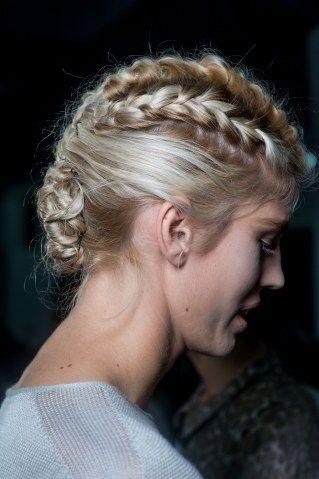 Von Romantisch Bis Rockig Tolle Flechtfrisuren Fur Lange Haare Geflochtene Frisuren Flechtfrisuren Frisuren Lange Haare Madchen