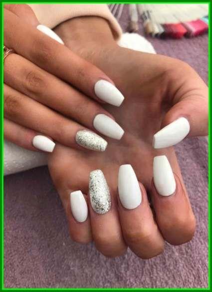 30 Ideas Nails Short Almond White White Acrylic Nails Glitter Accent Nails Trendy Nails