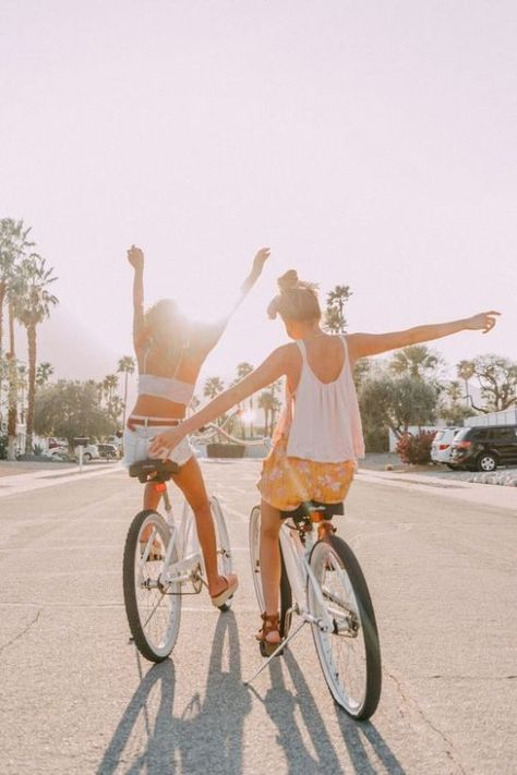 Palm springs look book s u m m a h ☀ bff pictures, bff goals Bff Pics, Cute Friend Pictures, Best Friend Pictures, Friend Pics, Palm Springs, Cute Friends, Best Friends, Happy Friends, Shooting Photo Amis