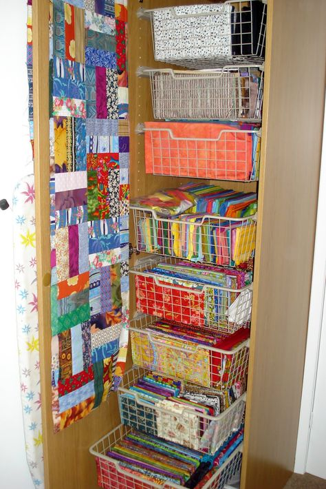 Pin By Mckenzie Durham On Art Craft Quilt Studio Ideas Quilting Room Quilting Crafts Sewing Rooms