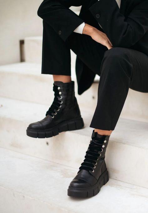 280 mejores imágenes de Shoes en 2020   Zapatos, Calzas