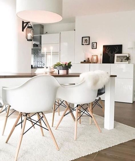 Carpet Under The Dining Table Home Decor Interior Dining Room