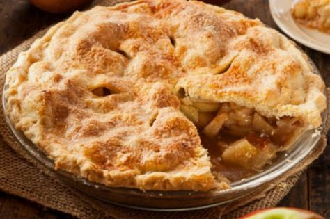 Celebrate fall with an apple pie - Fall DIY Projects to Make Your Home Extra Cozy for Your Family - Photos