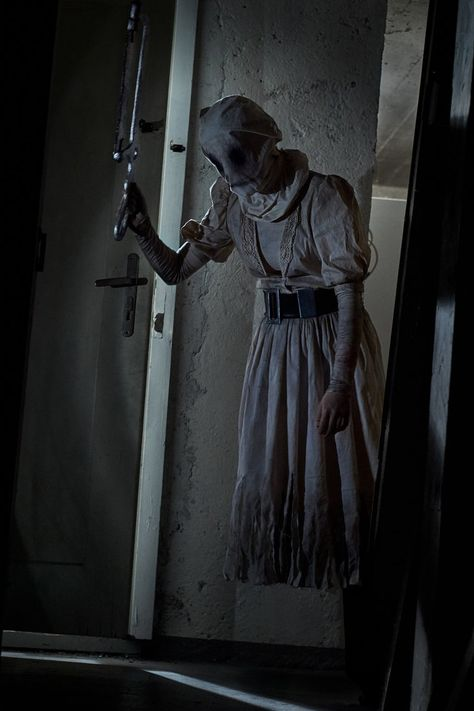 The Nurse Iii Dead By Daylight By Monanicosplay Horror Villians Horror Characters Horror