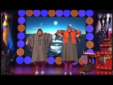 Margot & Lisbeth als Zwei Stewardessen - Auftritt bei Fastnacht Frankfurt 2011 - YouTube