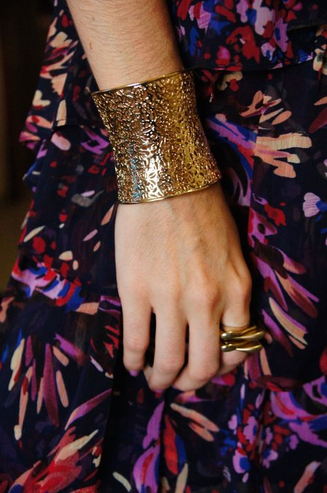 Gold cuff and ring | Cappuchic